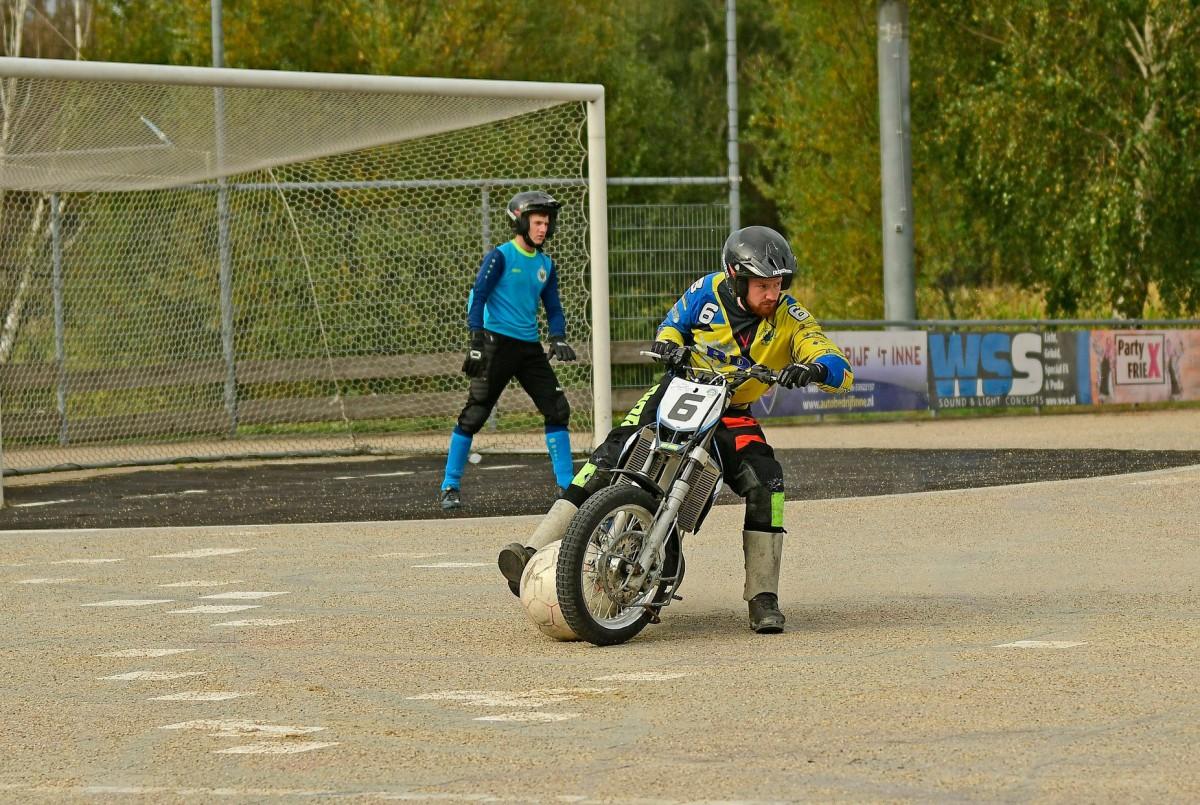 Motoballwedstrijd MBV Budel – MBC 70/90 Halle